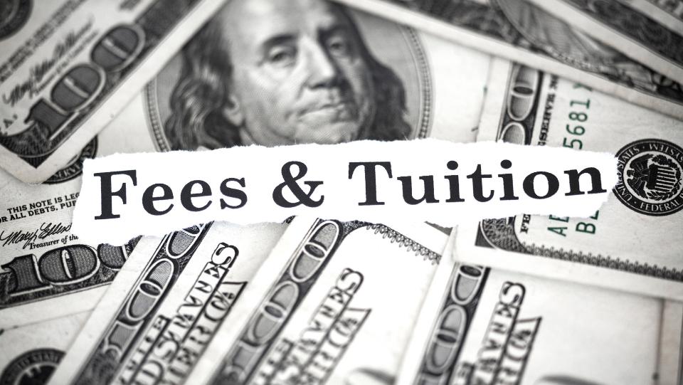 Chi phí học tập hợp lý
