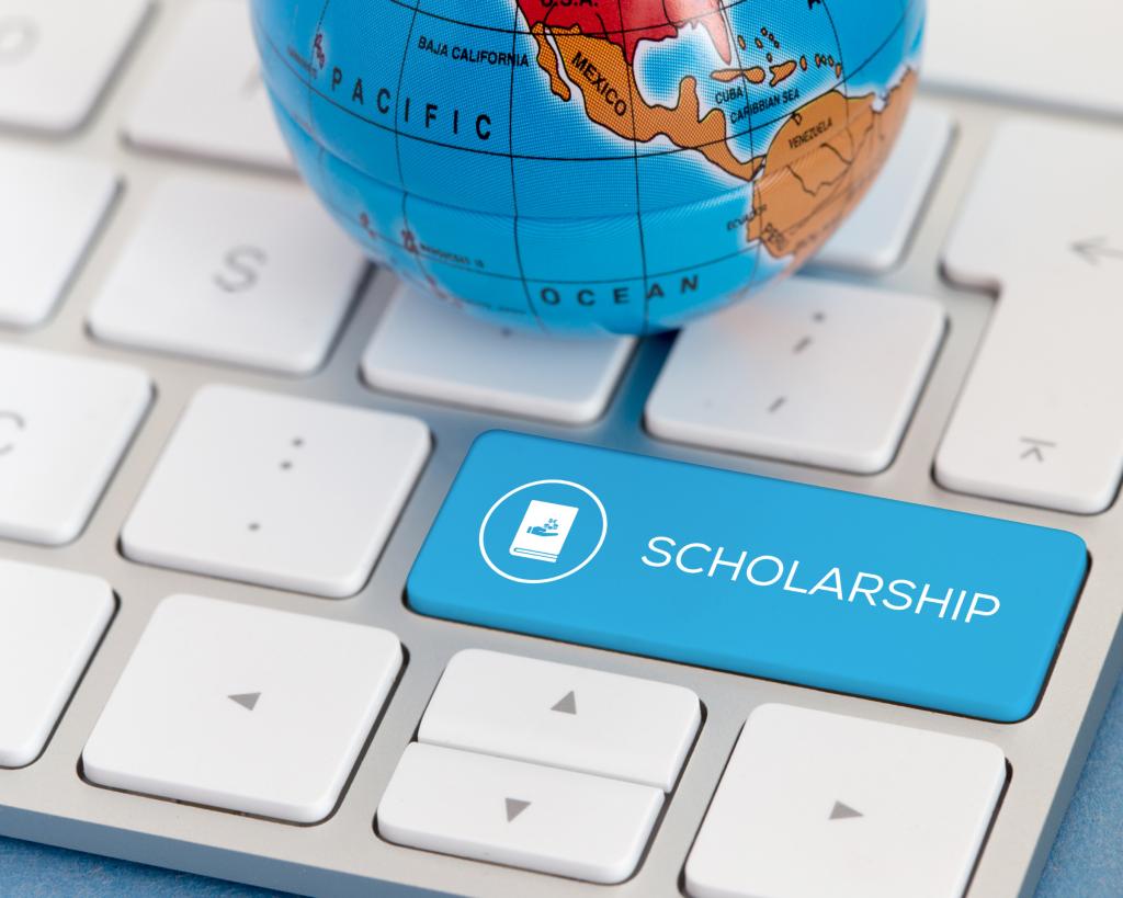 Hỗ trợ học bổng cho du học sinh quốc tế