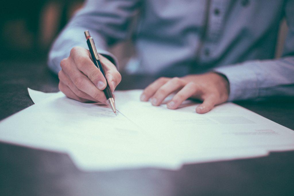 Hãy đảm bảo bạn đã chuẩn bị đủ các giấy tờ sau để nộp hồ sơ xin học bổng New Zealand