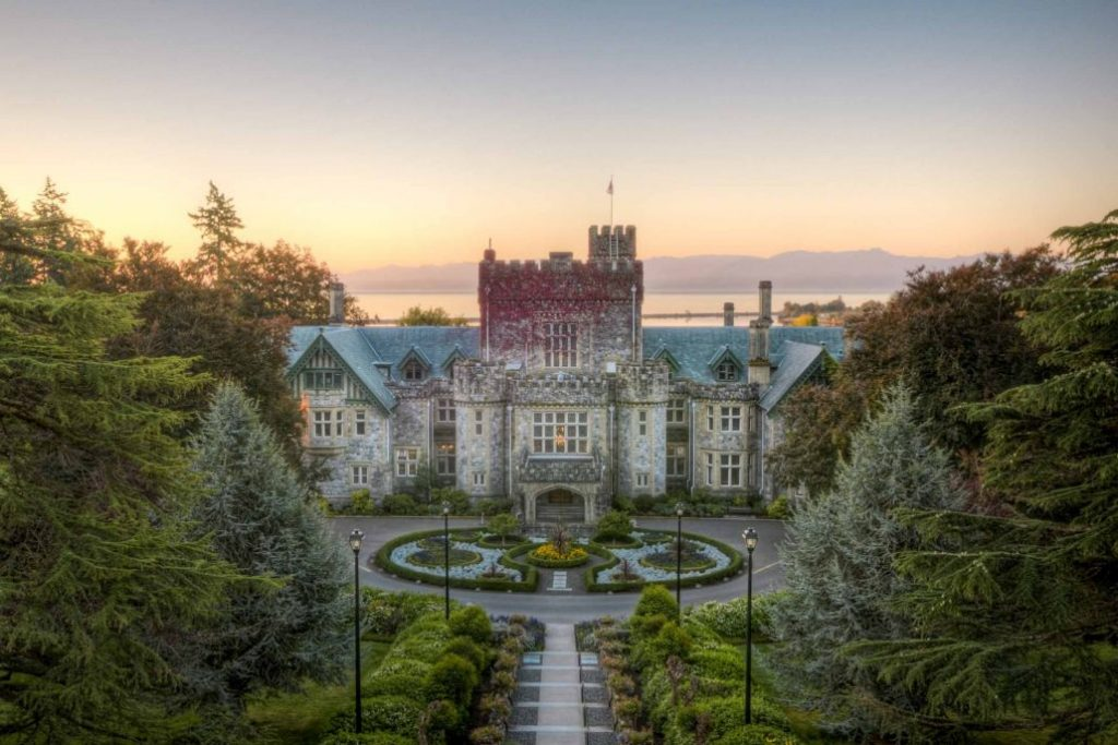 Royal Roads University - Trường đại học có chất lượng hàng đầu tại Canada